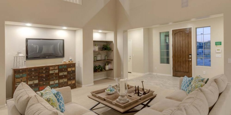 Pantano Great Room and Entryway