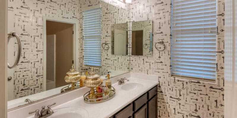 Stetson Bathroom Small